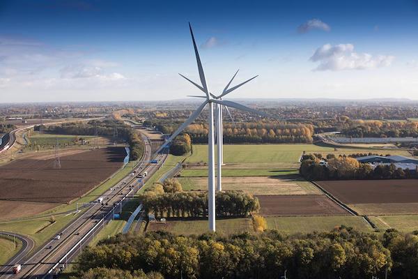 In Nijmegen-Noord hebben meer dan duizend inwoners zelf de energietransitie in gang gezet door de bouw van vier windmolens.